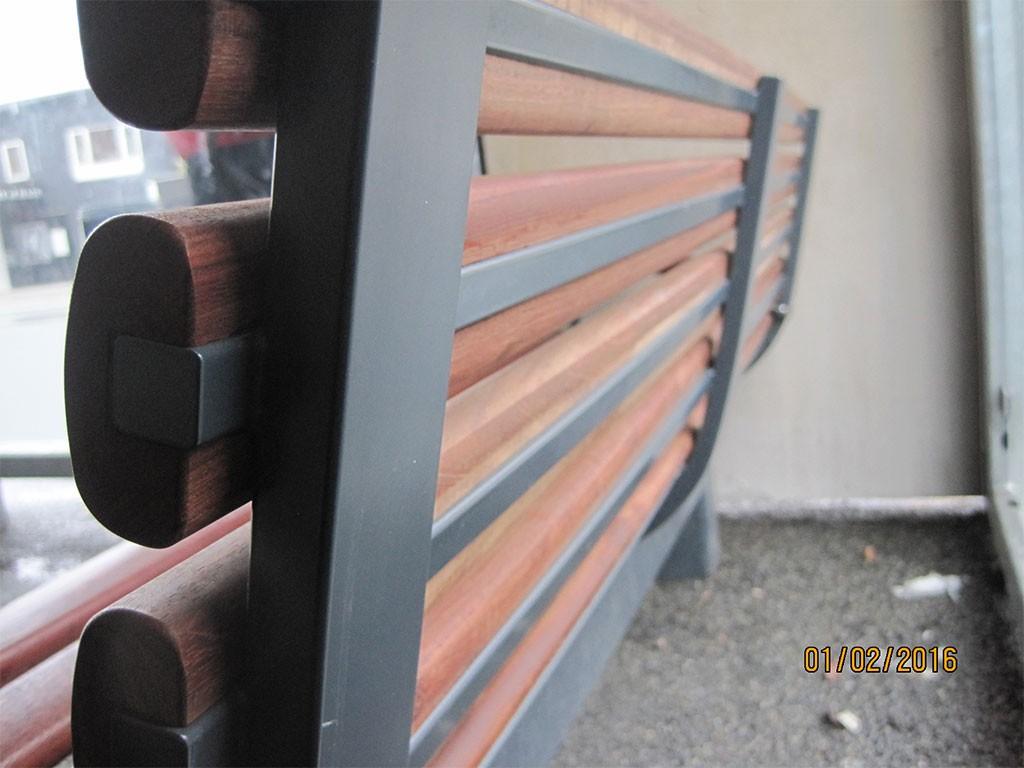 Ferrum BlueKolding Bench