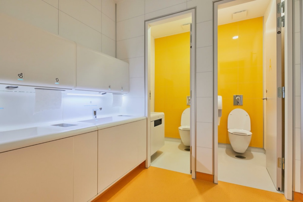 THE FUTURE OF SUSTAINABLE SCHOOL TOILETS